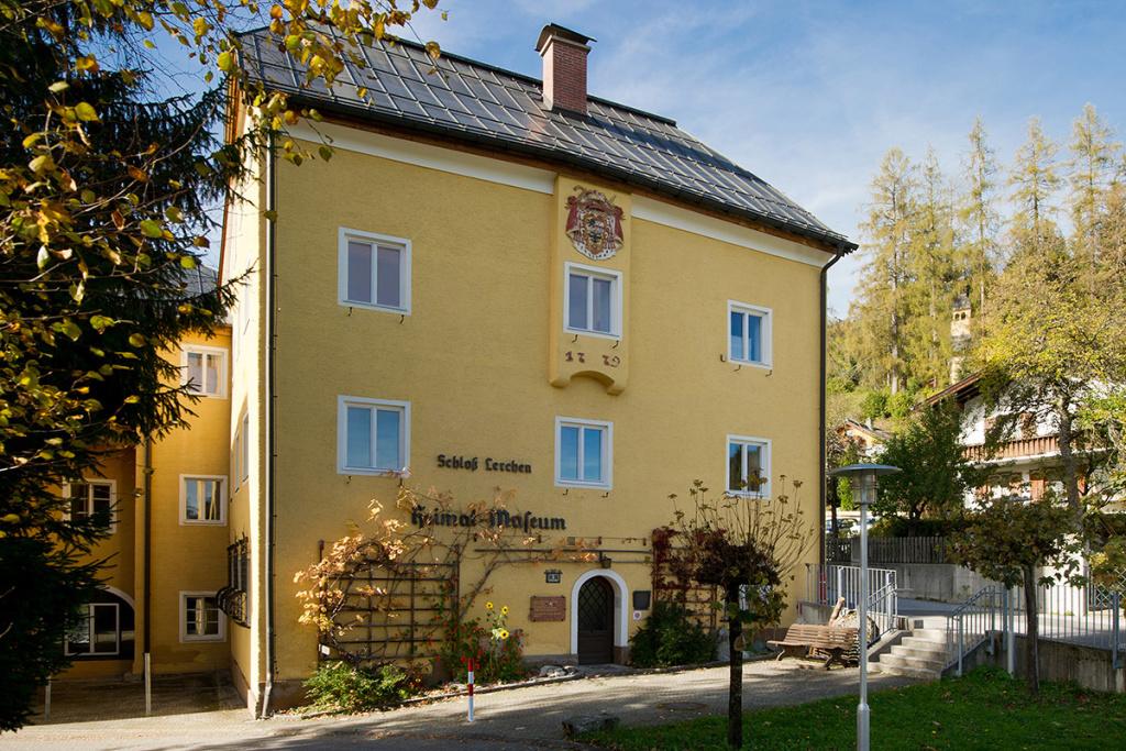 Schloss Lerchen - Radstadt Museum - Kontakt - Lage - Anreise
